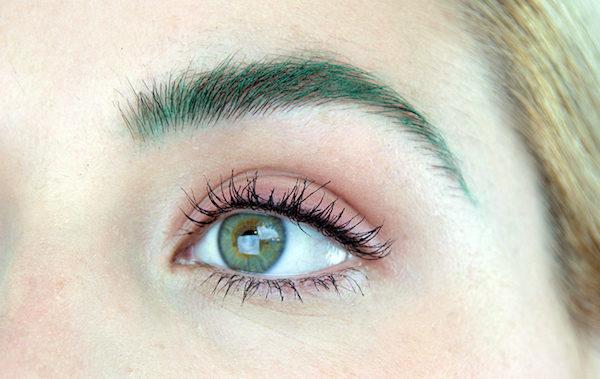 Cejas color verde