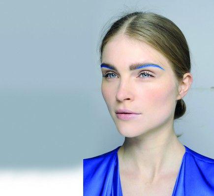 Cejas azules de Edeline Lee