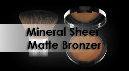 Polvos de maquillaje polivalentes: Mineral Sheer Matte Bronzer