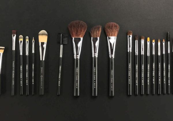 Cómo elegir las brochas de maquillaje profesional